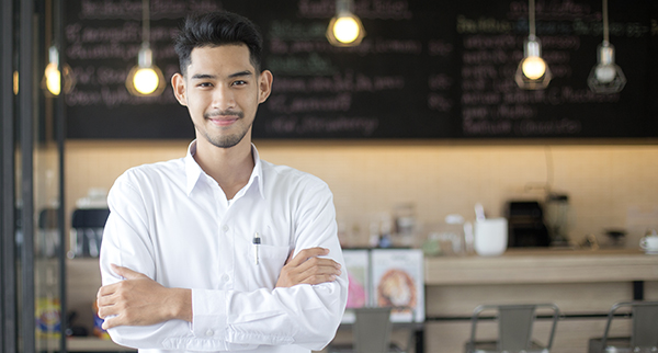 Image of restaurant manager in a restaurant